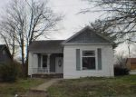 Foreclosed Home en N 5TH ST, Vienna, IL - 62995