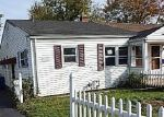 Foreclosed Home en 8TH ST, Newington, CT - 06111