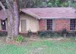 Foreclosed Home en RABBIT CT, Theodore, AL - 36582