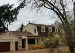 Foreclosed Home en BANGOR RD, Waterford, MI - 48328