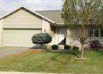 Foreclosed Home en W CHURCH ST, Freeport, IL - 61032
