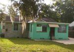 Foreclosed Home en WAKEFIELD AVE, Jacksonville, FL - 32208