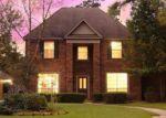 Foreclosed Home en EVERGREEN VILLAGE CT, Kingwood, TX - 77345