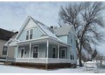 Foreclosed Home en 1ST AVE NW, Cedar Rapids, IA - 52405