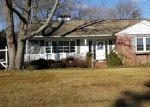 Foreclosed Home en MAIN BLVD, Ewing, NJ - 08618