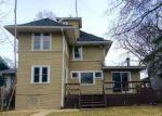 Foreclosed Home en N ELMWOOD AVE, Oak Park, IL - 60302