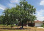 Foreclosed Home en SHEFFIELD RD, Seguin, TX - 78155