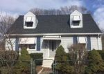 Foreclosed Home en 3RD AVE, West Haven, CT - 06516