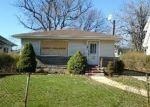 Foreclosed Home en CRUIKSHANK AVE, Hempstead, NY - 11550