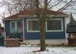 Foreclosed Home en WEBBER AVE, Burton, MI - 48529