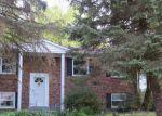 Foreclosed Home en LINDENDALE RD, Woodbridge, VA - 22193