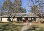 Foreclosed Home en PINELAND ST, Longview, TX - 75604