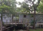 Foreclosed Home en SHOWERS DR, Elgin, TX - 78621