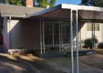 Foreclosed Home en DOLECETTO DR, Rancho Cordova, CA - 95670