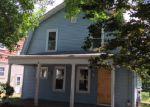 Foreclosed Home en HUXLEY AVE, Providence, RI - 02908