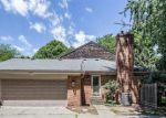 Foreclosed Home en DONOVAN PL, Grosse Pointe, MI - 48230