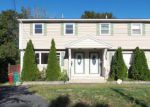 Foreclosed Home en WILDER RD, Lowell, MA - 01852