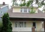 Foreclosed Home en ELBUR AVE, Lakewood, OH - 44107