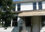 Foreclosed Home en ROBERTS AVE, Dundalk, MD - 21222
