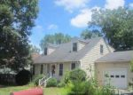 Foreclosed Home en COLLINDALE RD, Hopewell, VA - 23860