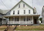 Foreclosed Home en W SHAWNEE AVE, Plymouth, PA - 18651