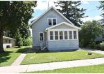 Foreclosed Home en W 18TH AVE, Oshkosh, WI - 54902