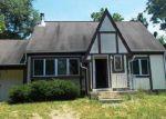 Foreclosed Home en QUAIL WOODS DR, Shepherdstown, WV - 25443