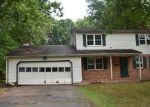Foreclosed Home en CONCORD LN, Wallingford, CT - 06492