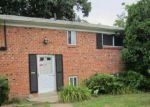Foreclosed Home en N FOREST EDGE RD, District Heights, MD - 20747