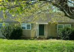 Foreclosed Home en CHESTERTOWN RD, Chestertown, MD - 21620