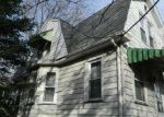 Foreclosed Home en N DELMORR AVE, Morrisville, PA - 19067