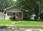 Foreclosed Home en MAPLE ST, Murphysboro, IL - 62966