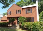 Foreclosed Home en HOLLAND LN, East Hartford, CT - 06118