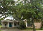 Foreclosed Home en DEERWOOD DR, Morrilton, AR - 72110