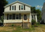 Foreclosed Home en W CENTER ST, Medina, NY - 14103