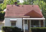 Foreclosed Home en VOORHEIS ST, Pontiac, MI - 48341