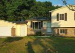 Foreclosed Home en SAVAGE DR, Lapeer, MI - 48446