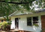 Foreclosed Home en ORIOLE CIR, Sanford, NC - 27330