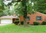 Foreclosed Home en BELLOAK DR, Dayton, OH - 45440