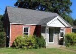 Foreclosed Home en WESTERN WAY, New Kensington, PA - 15068