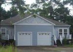 Foreclosed Home en LLOYD ST, Holly Ridge, NC - 28445