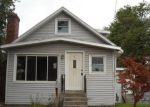 Foreclosed Home en GRATTAN ST, Chicopee, MA - 01020