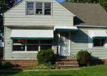 Foreclosed Home en MUSKINGUM BLVD, Brook Park, OH - 44142
