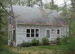 Foreclosed Home en CRESTWOOD DR, Hope Valley, RI - 02832
