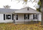 Foreclosed Home en W KYGER ST, Frankfort, IN - 46041