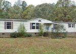 Foreclosed Home en HONEYSUCKLE LN, Windsor, VA - 23487