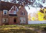 Foreclosed Home en LUDLOW RD, Cleveland, OH - 44120