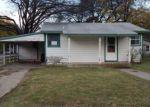 Foreclosed Home en FRANKLIN ST, Cleburne, TX - 76033