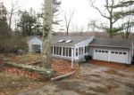 Foreclosed Home en SAWMILL RD, Stamford, CT - 06903