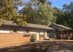 Foreclosed Home en WALKER DR, Newton, NC - 28658